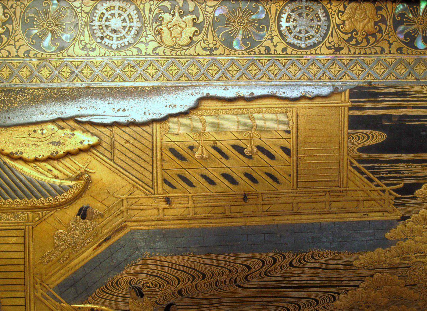 Detail de l'interieur sur coffre de Mazarin