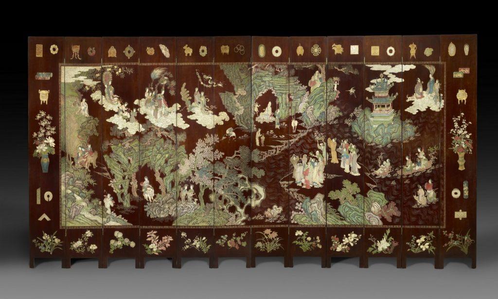 Face d'un paravent à 12 feuilles à décor de Paradis taoïste 242x45 (par feuille)