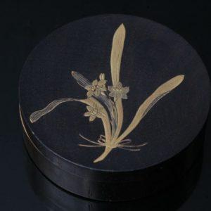 Kobako circulaire à décor or de fleurs
